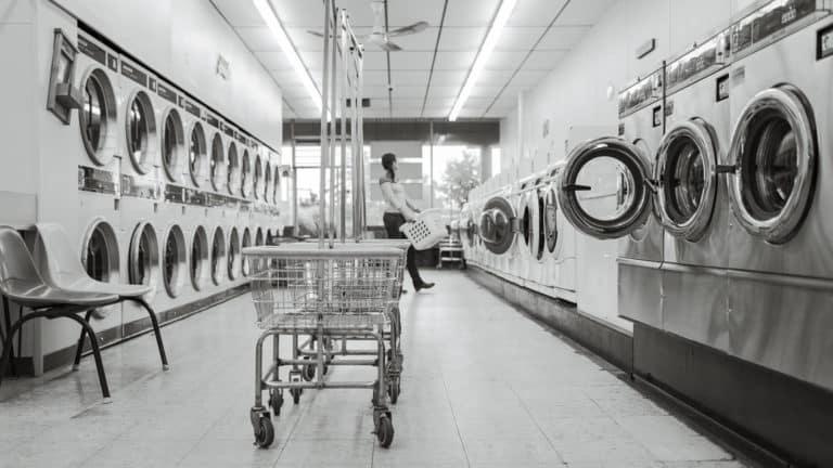 combien rapporte une laverie automatique